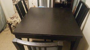 Mesa negra esta en buen estado for Sale in Chicago, IL
