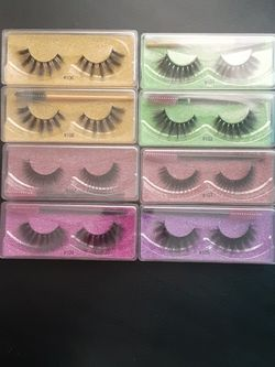8 Pairs of Eyelashes for Sale in Fontana,  CA