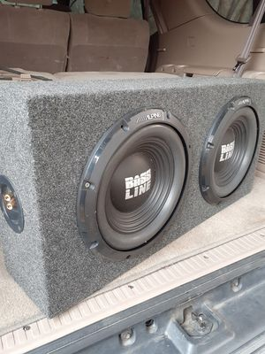 2 12 inch subwoofer speakers in box for Sale in Wood Village, OR
