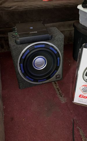 Alpine Subwoofer and amp for Sale in St. Louis, MO