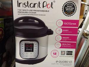 Instant Pot 8 v2 for Sale in Virginia Beach, VA
