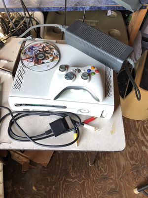 Xbox 360 Bundle for Sale in Tampa, FL