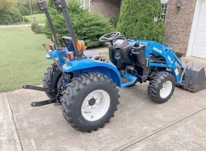 2OO3*New Holland//TC18 Compact Tractor for Sale in Orlando, FL