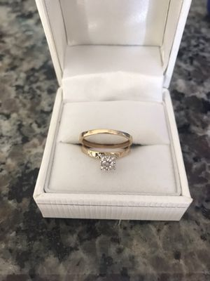 14k Antique Princess cut ring 1/10 carat and wedding band for Sale in Nashville, TN