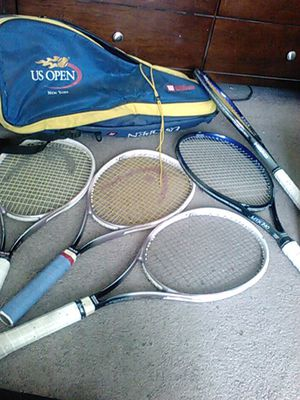 Wilson Tennis Bag and 5 Head tennis brackets plus balls and extra Head Tennis bag for Sale in Moreno Valley, CA