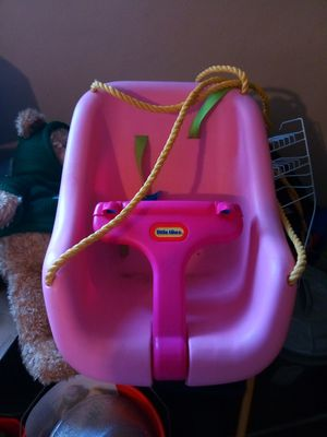 Little Tikes pink outdoor swing for Sale in Norfolk, VA