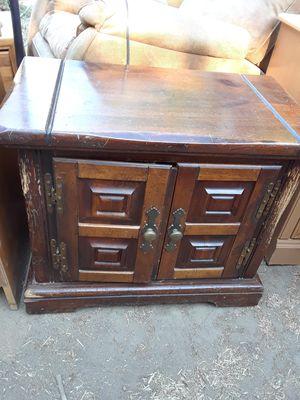 Cabinet $10 for Sale in Modesto, CA