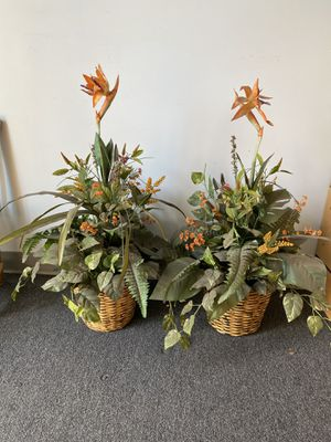 "Fake / Faux birds of paradise plants with vase - medium to large size - 35"" tall - 2 available- price each for Sale in Ontario, CA"