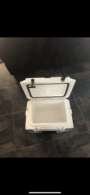 Yeti Cooler for Sale in Paradise Valley, AZ