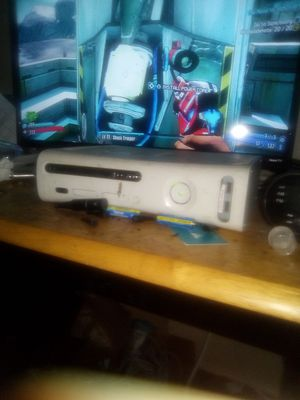 Xbox 360 Bundle for Sale in Tacoma, WA