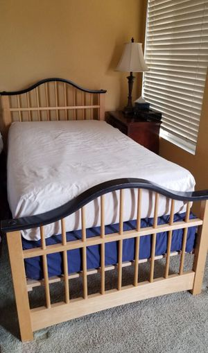 Twin bed for Sale in Rancho Cucamonga, CA