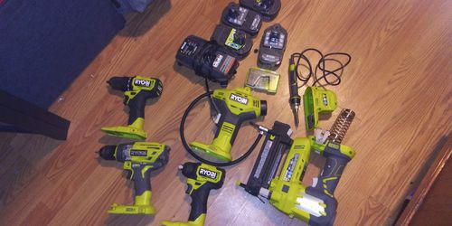 Lot of Barely Used Ryobi Tools for Sale in Portland,  OR