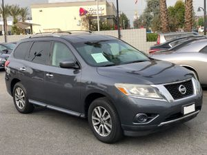 2013 Nissan Pathfinder SV SUV, Titulo Limpio, Clean title, 7 passengers,3.5 Liter V6 260hp, backup camera miles 131k, ⚠️ FINANCE AVAILABLE ⚠️ for Sale in Norwalk, CA