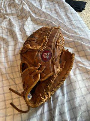 Men's Nokona baseball glove 12 inch for Sale in Macomb, MI