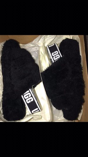 Ugg fluff slides for Sale in HILLTOP MALL, CA