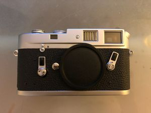 Leica Chrome M4 Body (Excellent condition!) for Sale in Rowland Heights, CA