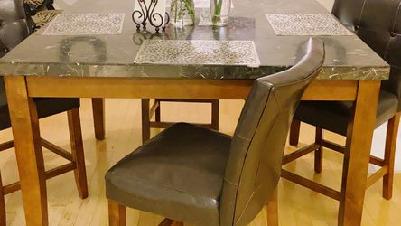 Marble Table. Brown Leather Chairs (6) for Sale in Clovis,  CA