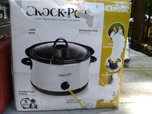 New Crock pot for Sale in Snellville, GA