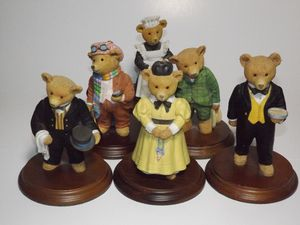 6 pc set from the Upstairs Downstairs Bears collection for Sale in North Highlands, CA