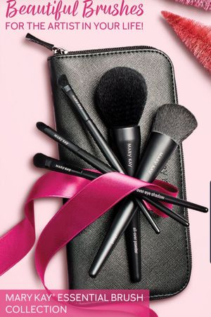 Marykay essential brush for Sale in Indianapolis, IN