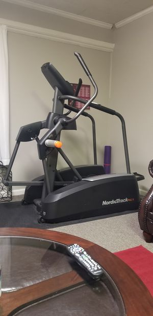 NordicTrack Elliptical Machine for Sale in Walkertown, NC