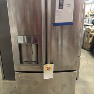 Profile 22.2 Cu Ft Smart French Door Refrigerator With Keurig K-cup Stainless Steel for Sale in Houston, TX