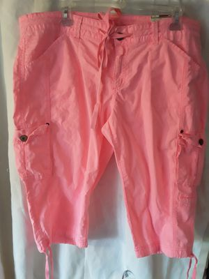 Now with tags ARIZONA BRAND CROP PANTS size 17 juniors for Sale in Tacoma, WA