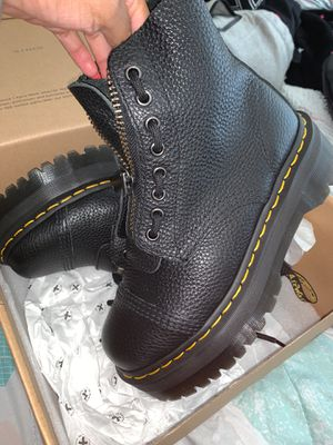 Dr martens size women's 7 originally 210 for Sale in Washington, DC