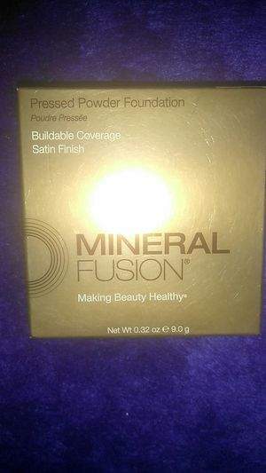 Mineral Fusion Pressed Powder Foundation for Sale in Oceano, CA
