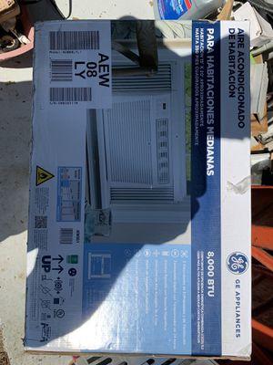 GE air conditioner 8000 btu. for Sale in Ellicott City, MD