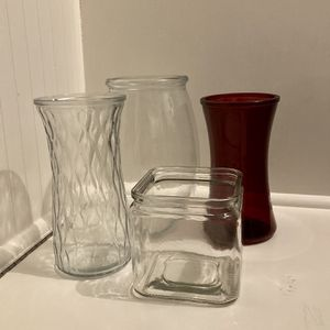 Flower Glass Vases 💐 (4) for Sale in Batavia, IL