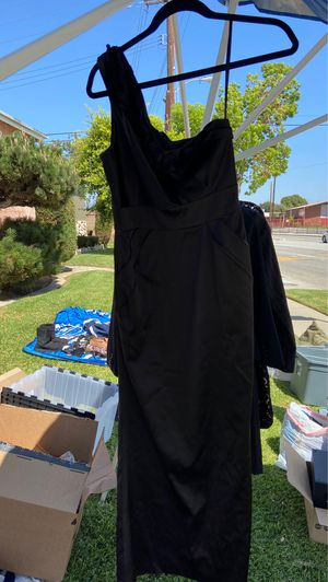 One shoulder satin long dress for Sale in Pico Rivera, CA