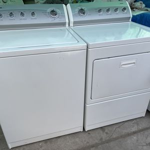 Kenmore Heavy Duty Washer And Gas Dryer Energy Star for Sale in Fontana, CA