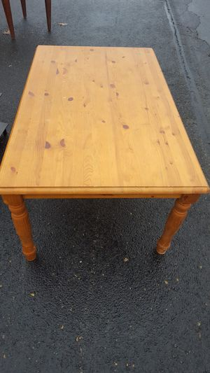 Coffee table for Sale in Roanoke, VA