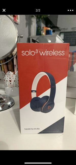 Sealed Beats Solo 3 Wireless, Club Collection for Sale in Hialeah, FL
