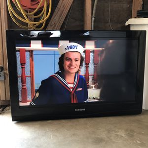 "32"" Samsung LCD TV for Sale in Norco, CA"