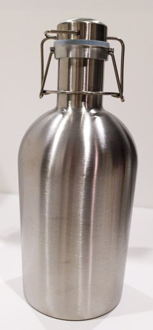 Stainless Growler 64 oz 1/2 Gallon Vacuum Insulation Flask Wide Mouth for Sale in Southlake, TX