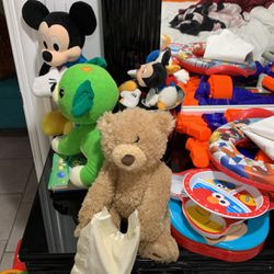 Free Toys for Sale in Skokie,  IL