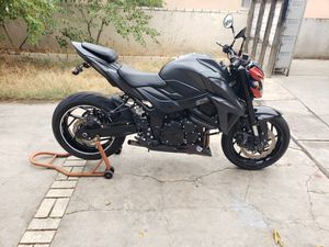 2018 susuki gsx s750 salvage for Sale in Bakersfield, CA