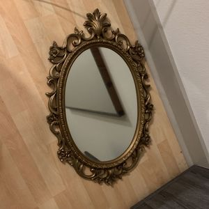 Antique Styled Mirror for Sale in Houston, TX