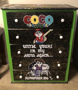 Coco dresser for Sale in Orlando, FL