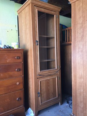 Cabinet shelf for Sale in Stratford, CT
