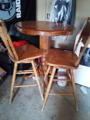Bar table & 2 stool's for Sale in Antioch, CA