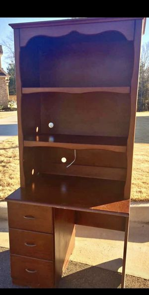 Vintage desk with hutch for Sale in Warner Robins, GA