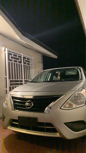 Nissan versa 2015 for Sale in Miami, FL