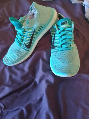 Nike free run flynit shoes for Sale in Airway Heights, WA