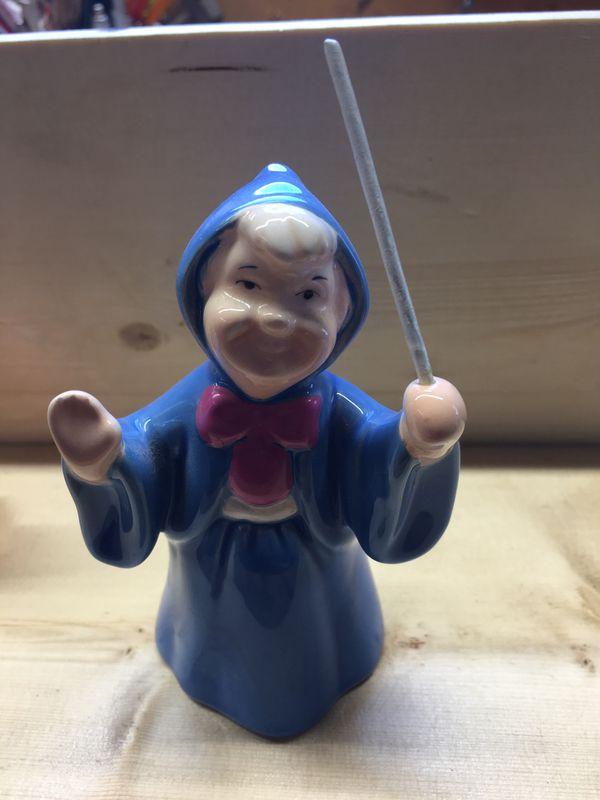 Disney collectible figurines