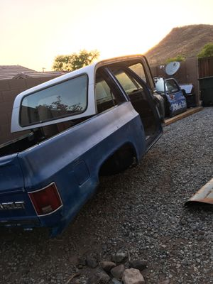 1978 gmc high sierra k5 blazer PART OUT for Sale in Phoenix, AZ