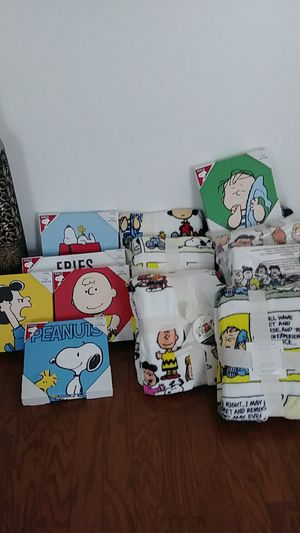PEANUTS GANG!! for Sale in Raleigh, NC