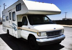 Generator, new tires all around 1995 FLEETWOOD JAMBOREE SEARCHER 24FT for Sale in Dallas, TX